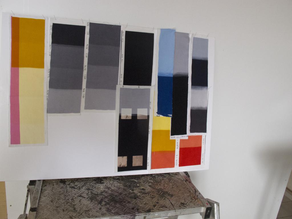 De ovenstående billeder er nye unika tekstiltryk fra 2016 udført med reaktiv farve på bomuld via overtryk.