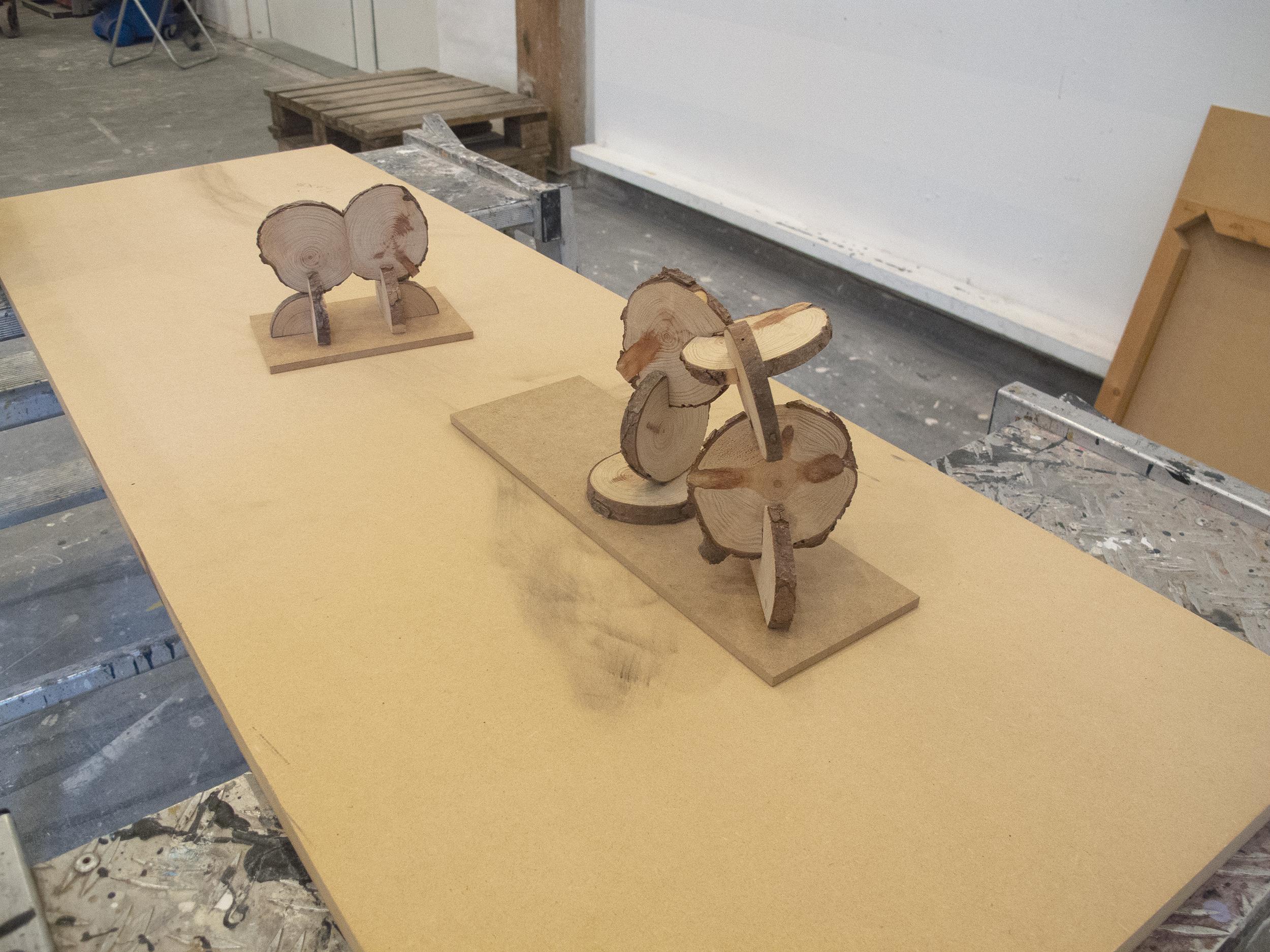 Jytte Høy - modeller af skulpturer til Kämpetorpsskolan