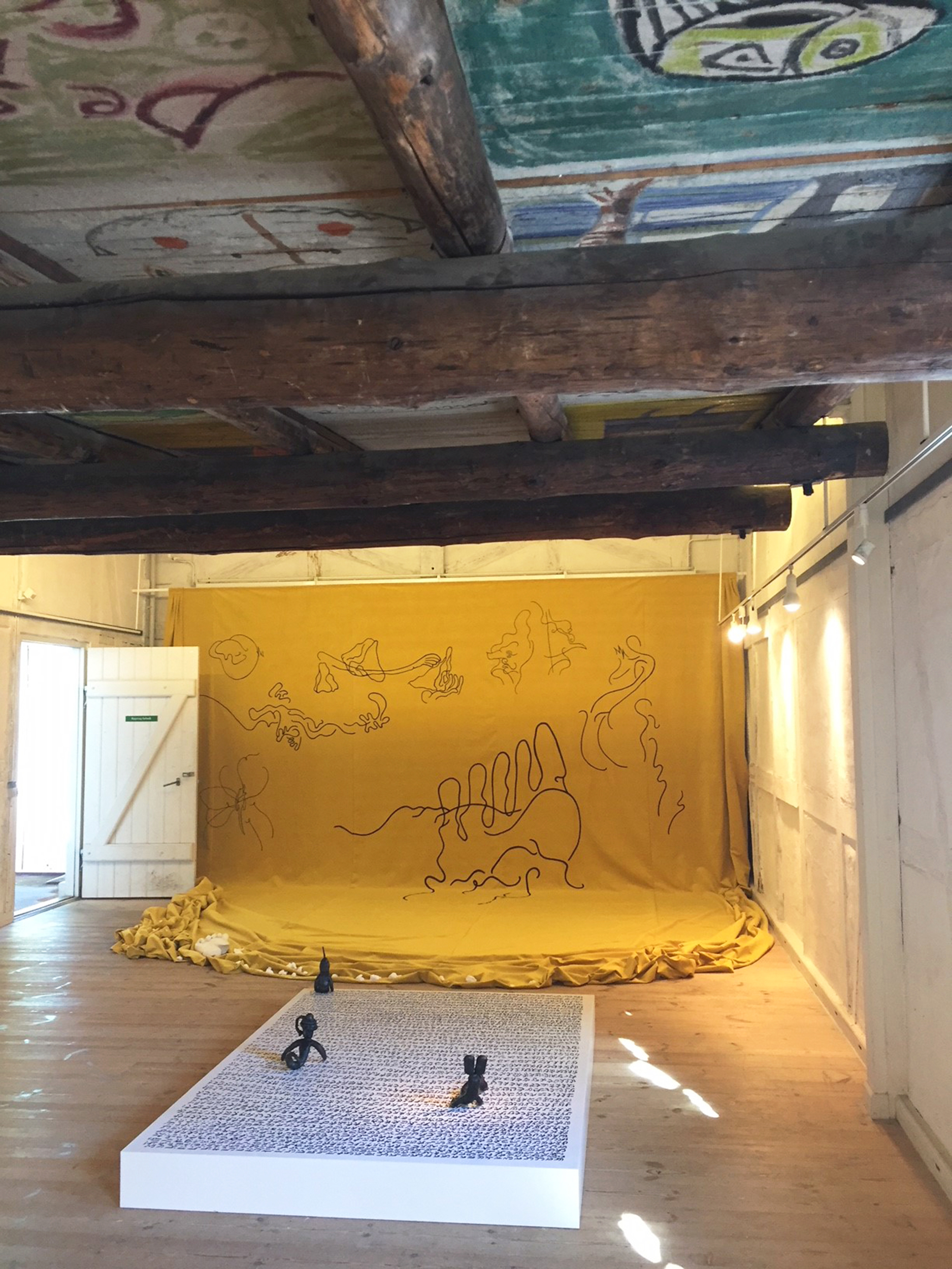 Udstillingen Epifyt i Cobra-rummet (installation view)